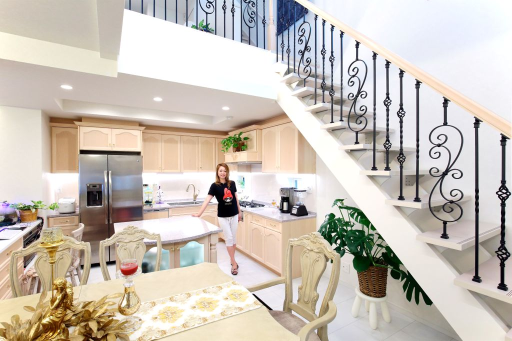 約6畳の広さのオープンキッチン