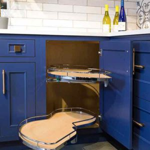 ASE SQUARE CORNER CABINET WITH LEMANS PULL OUT SHELVES